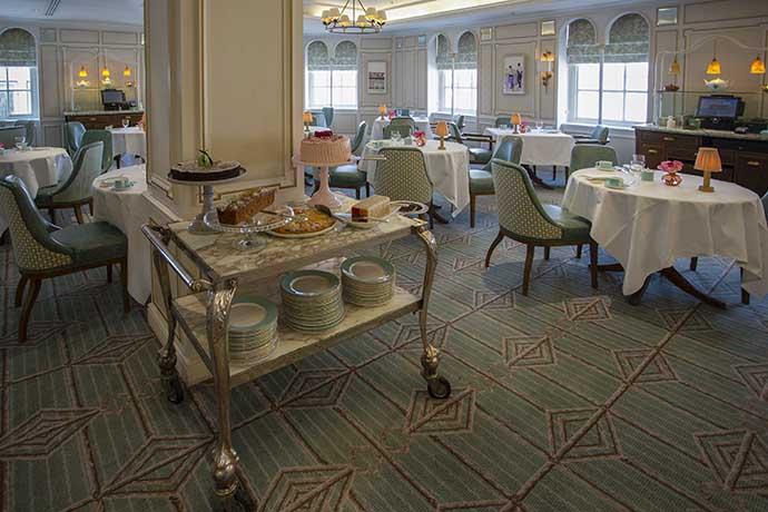 fortnum-mason-diamond-jubilee-tea-salon-cakes