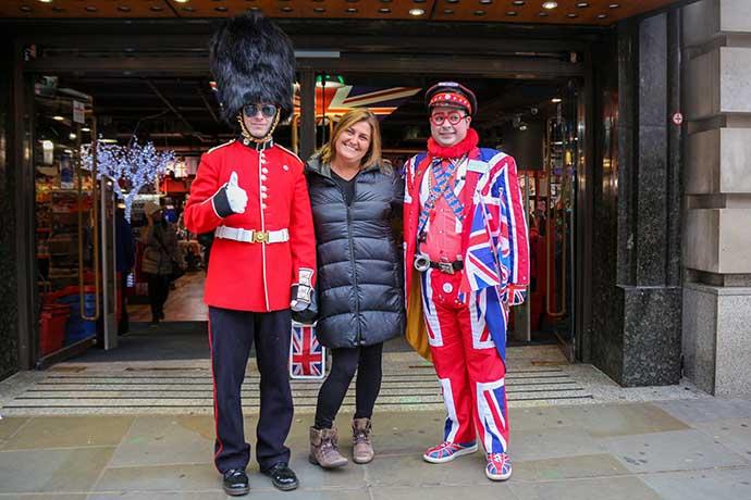 Lu in London guardinha soldado