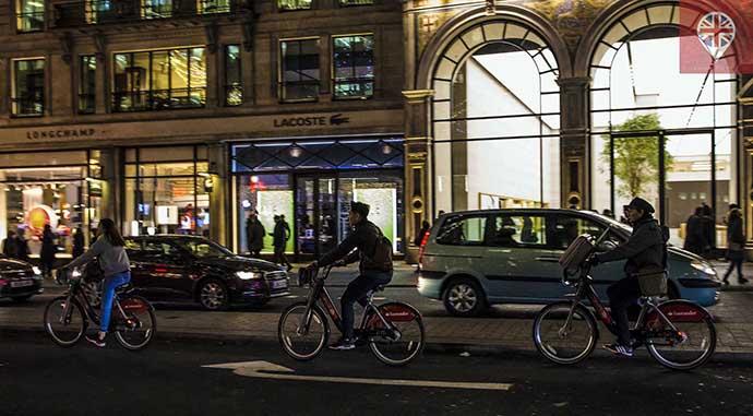 londres-bicicletas-noite-regent-street1