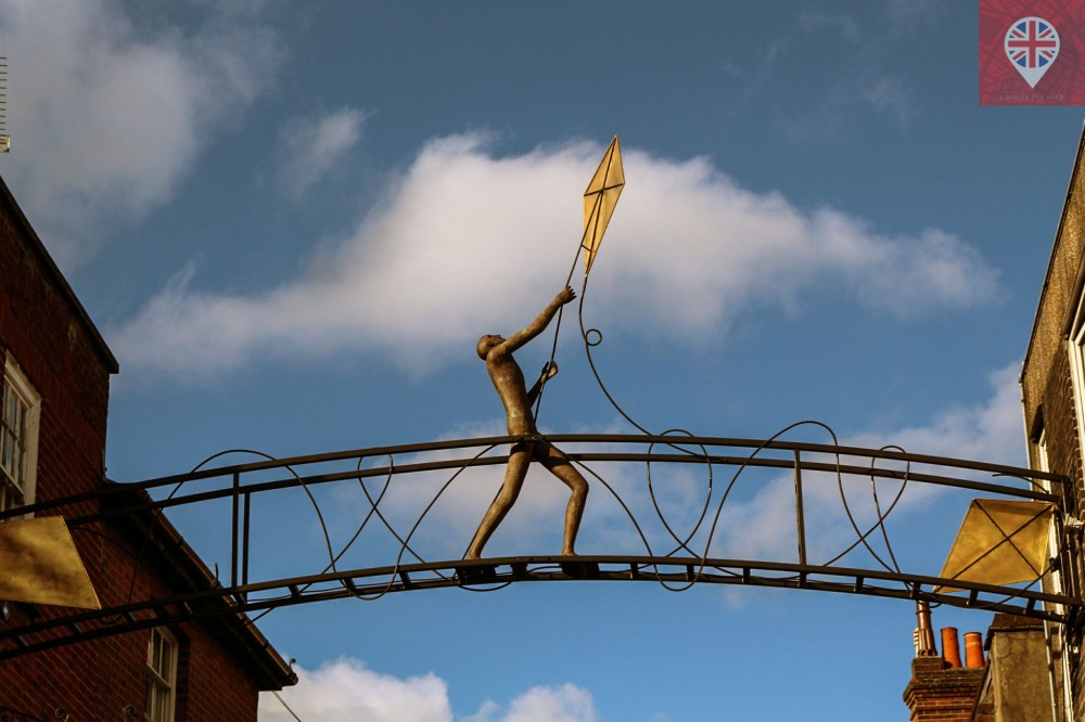 winchester-kite