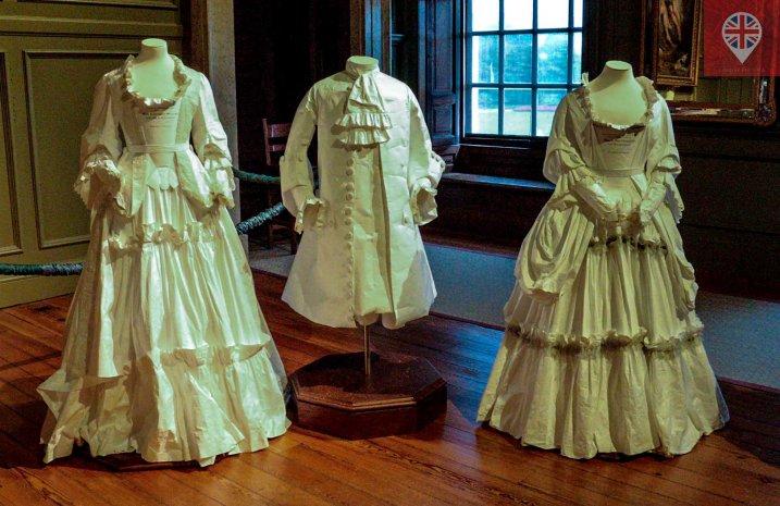 Moldes das vestimentas da época
