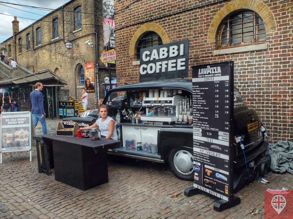 Cafezinho servido direto de um