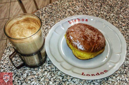 Traduzindo: café com leite e sonho