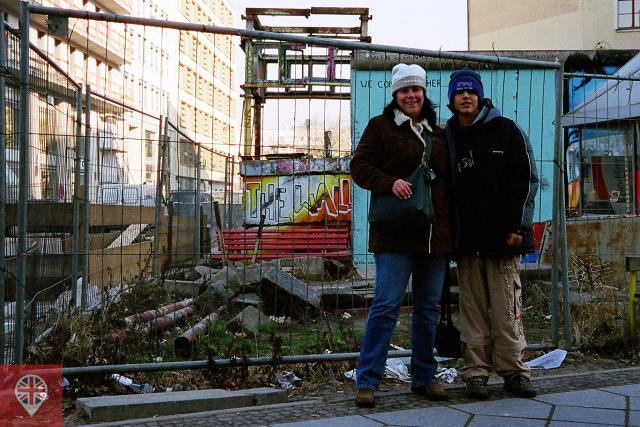 johnny-in-berlim-muro
