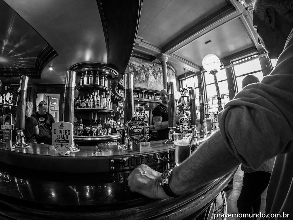 pub-em-londres-barrowboy-and-banker-3