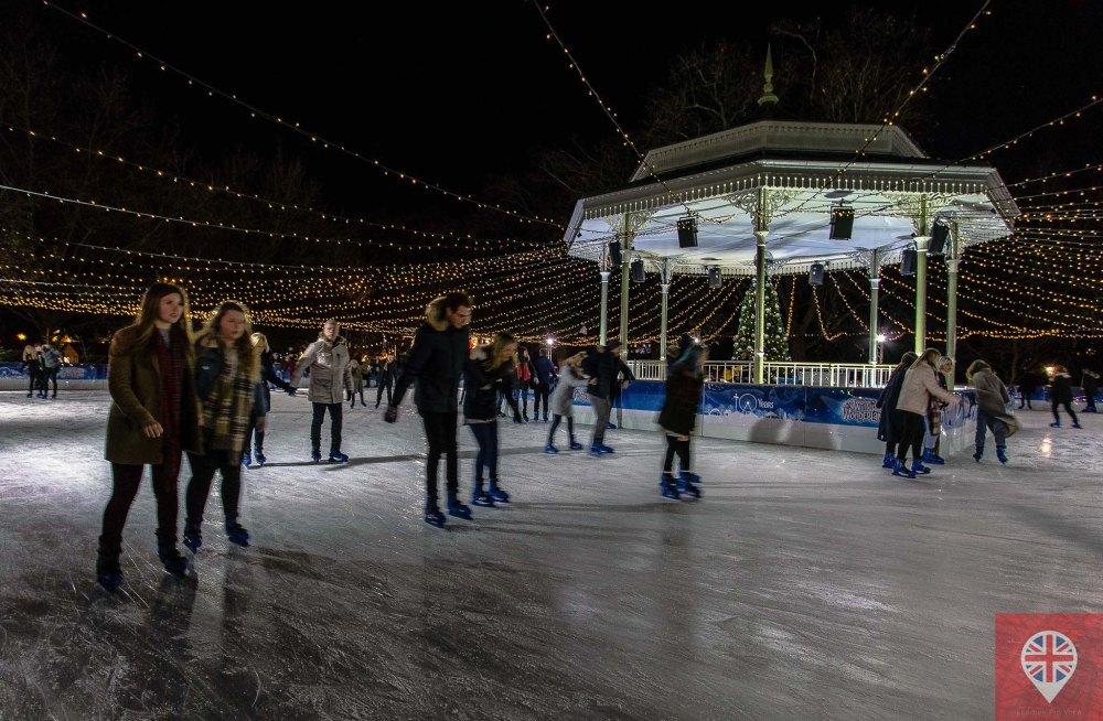 winter-wonderland-ice-skating-1