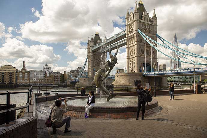 tower bridge turistas