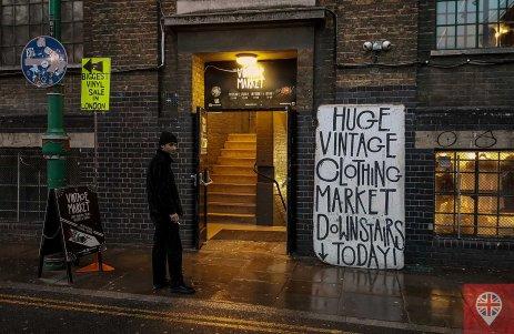 """Os espaços também são bem aproveitados por lojas e mercados """"pop up"""""""""""