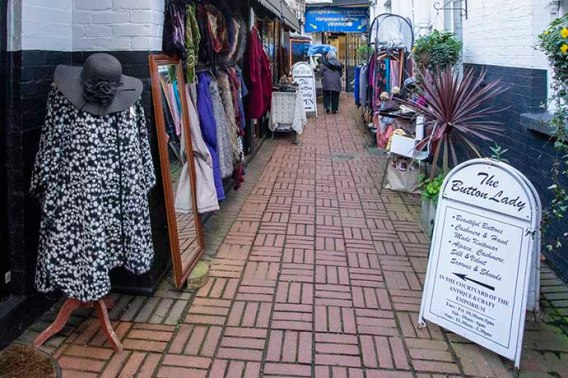 hampstead-antique-market 2
