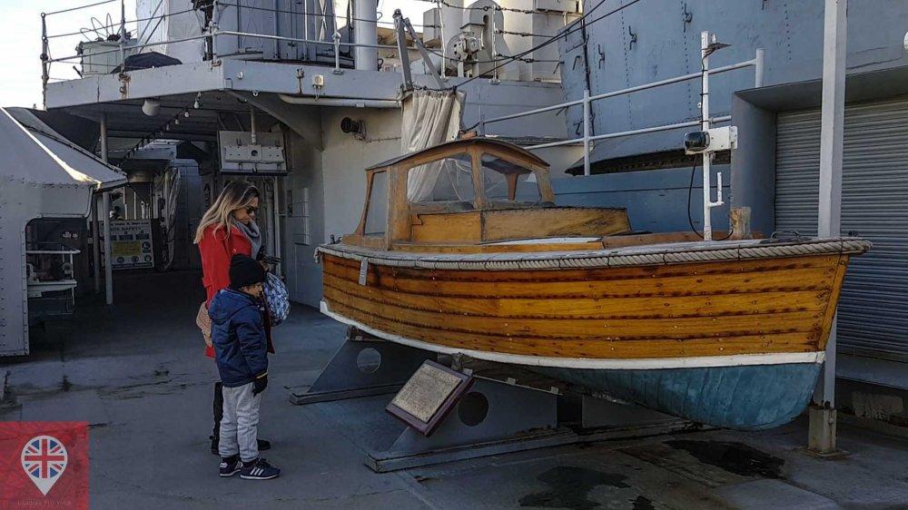 hms-belfast-boat