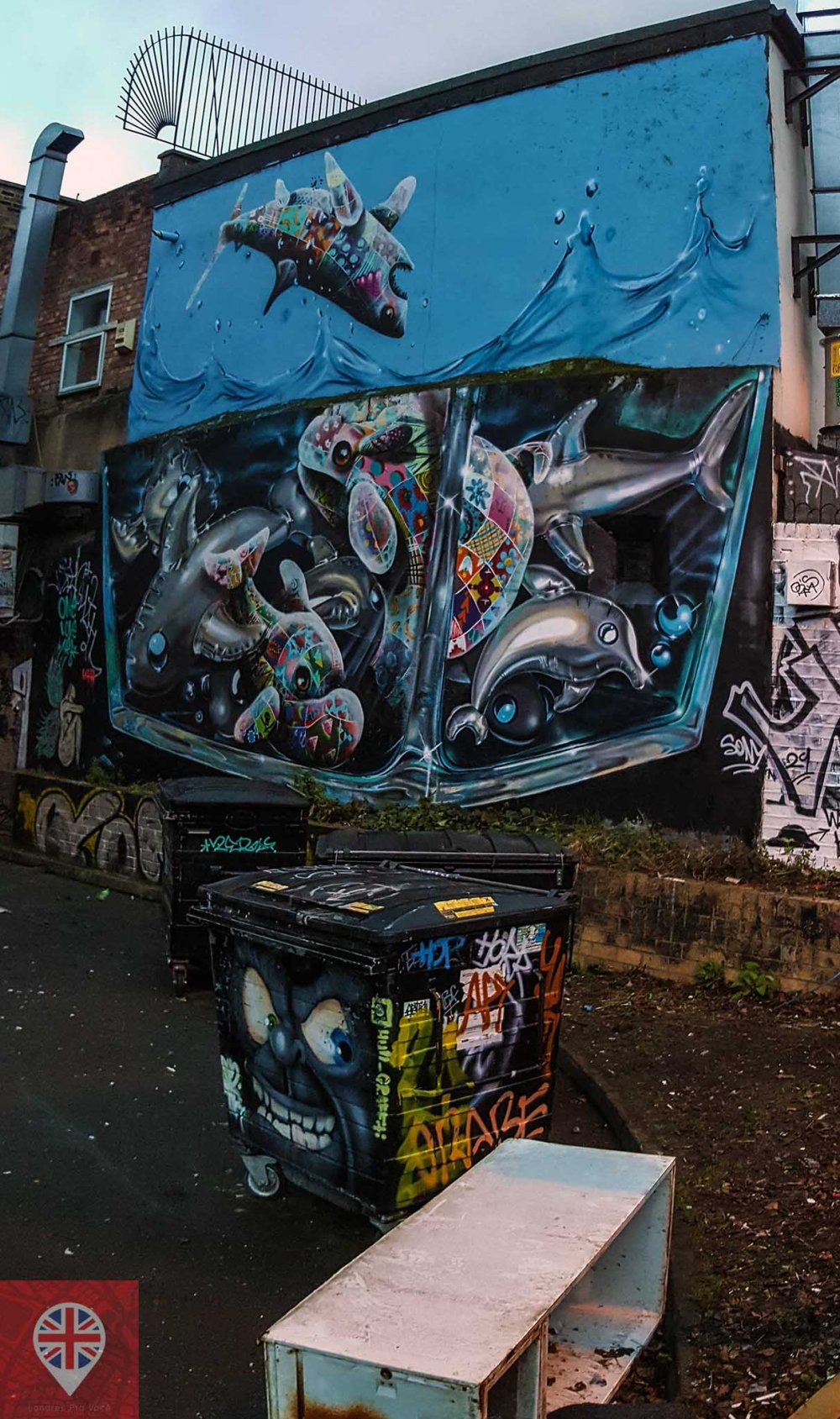 shoreditch-street-art-sharks