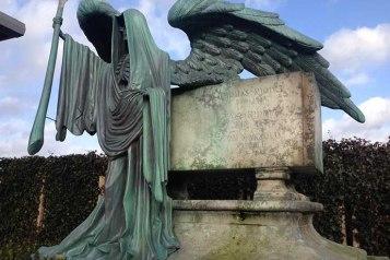 O túmulo daquele que não deve ser nomeado