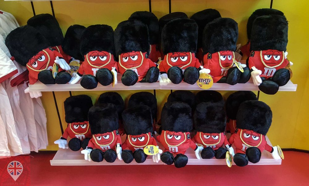 M&M world london soldiers