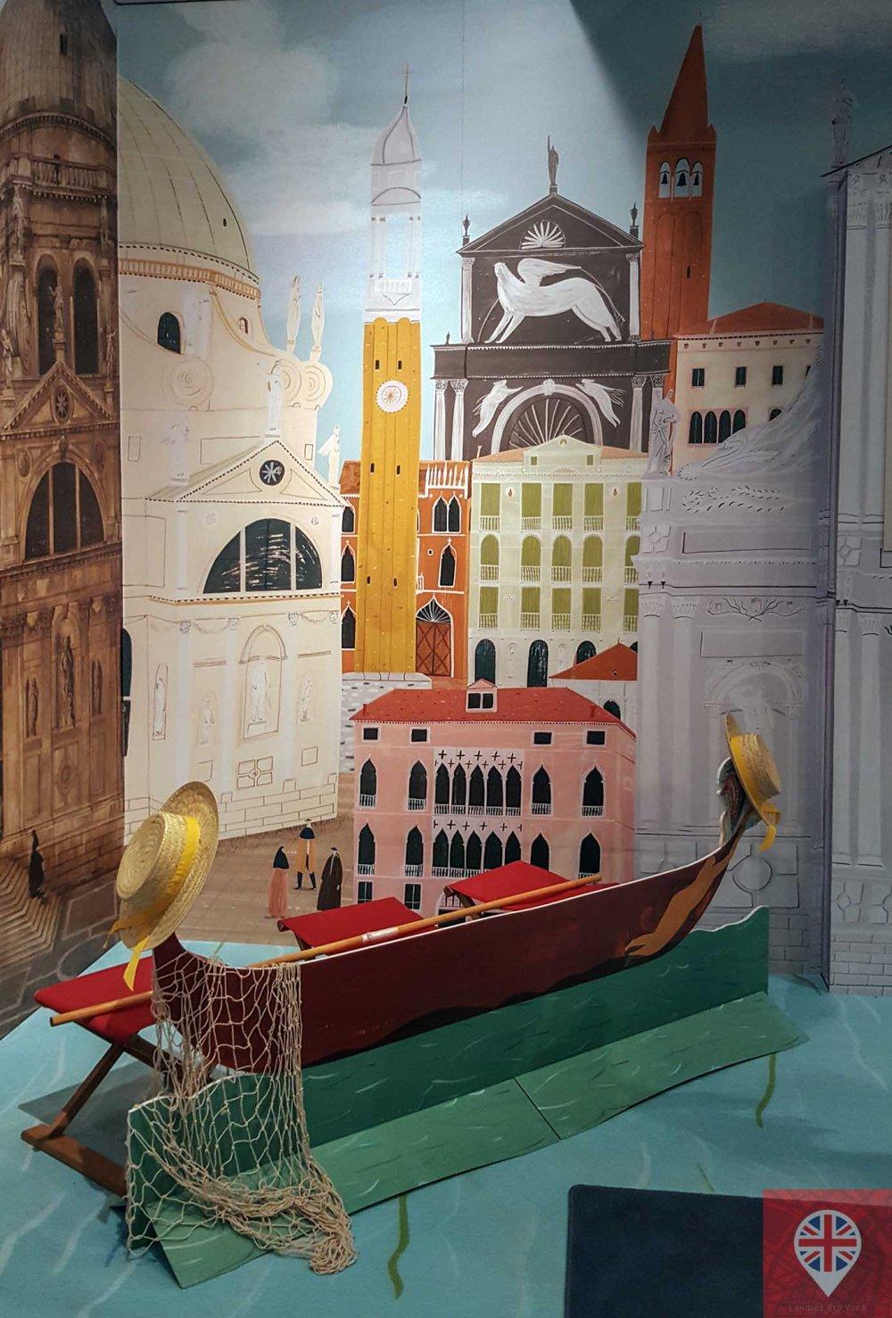Canaletto gondola
