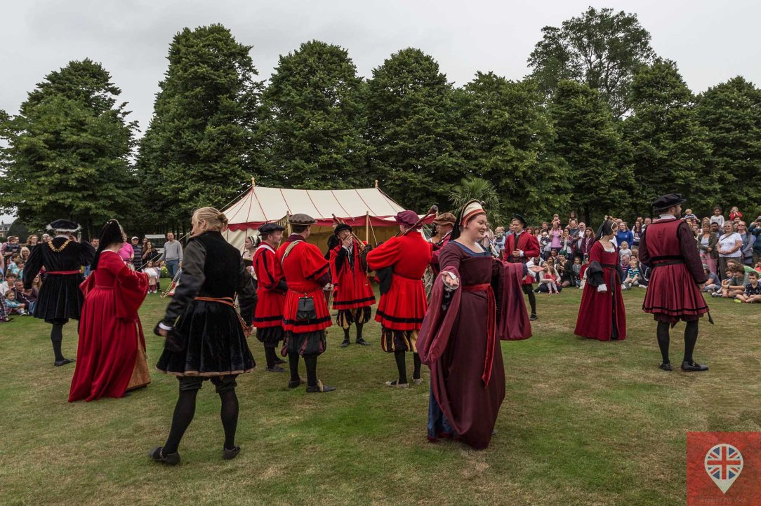 hampton court tudor party dance