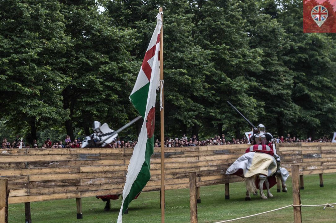 hampton court tudor party joust 2