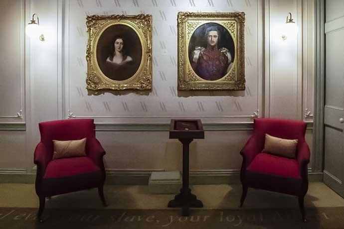 kensington-palace-victoria-and-albert-portraits