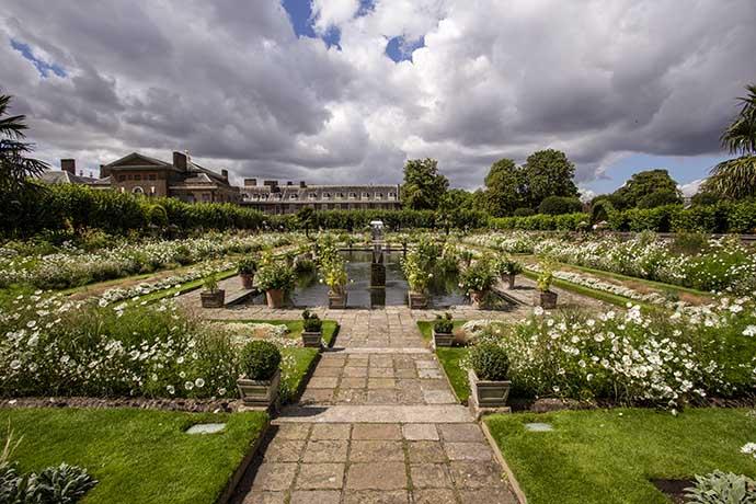 kensington-palace-white-garden-sunken