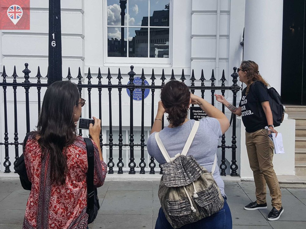 mulheres incriveis casa blue plaque