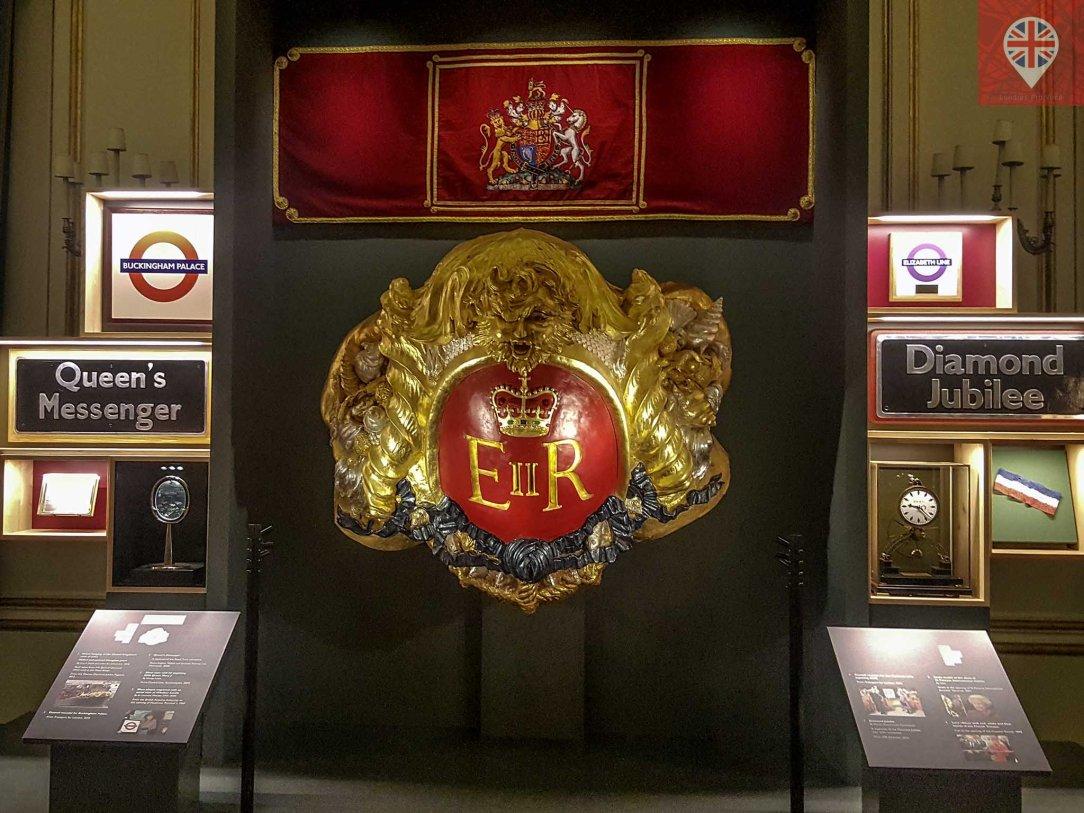 Royal Gifts royal barge