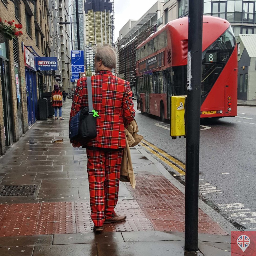 London fashion red suit