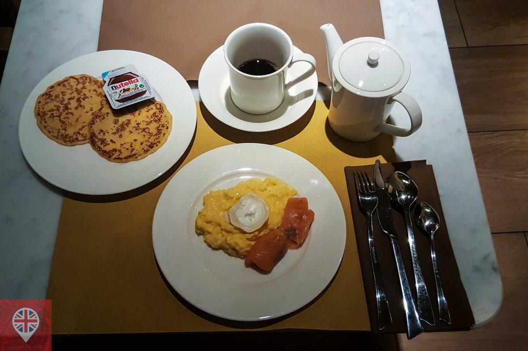paris hotel le tsuba breakfast