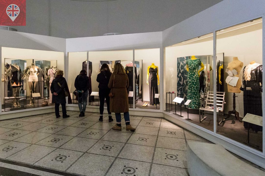 V&A fashion room