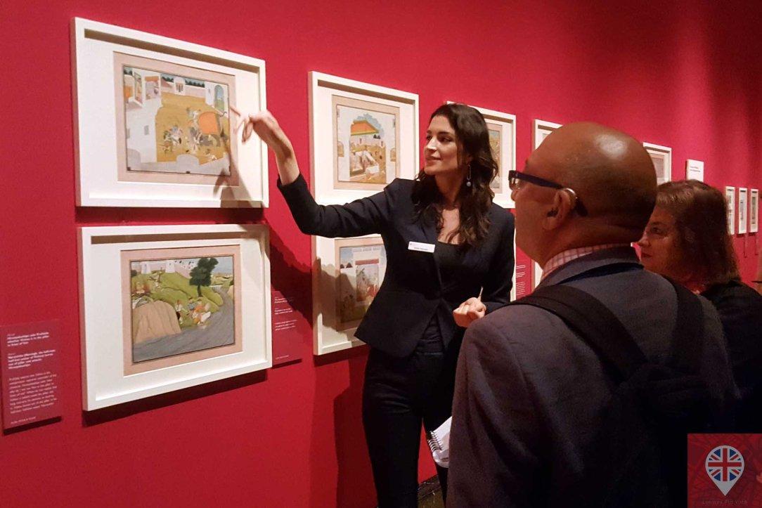 queens gallery splendorous curator 2