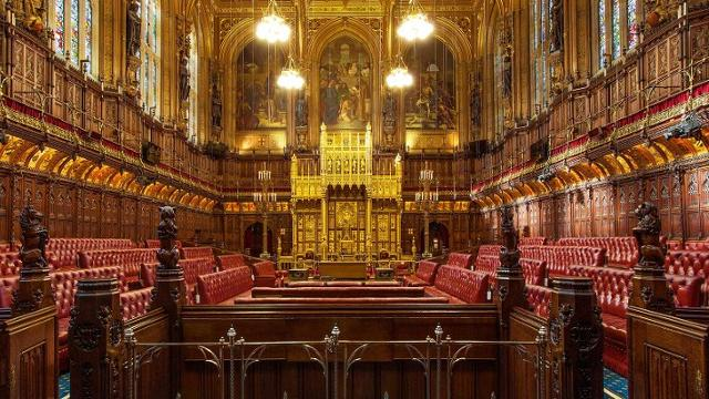 houses-of-parliament-house-of-lords-chamber-2fb3b112df13b8d2f10a565e34e37af4