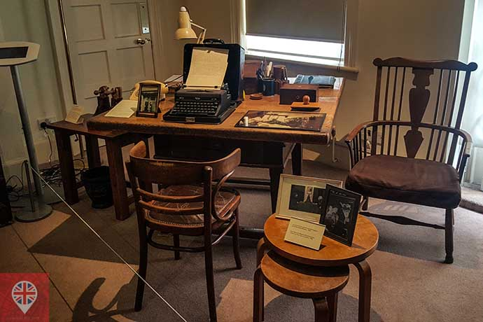 freud museum anna freud office