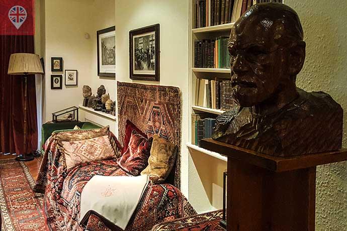 freud museum diva e busto