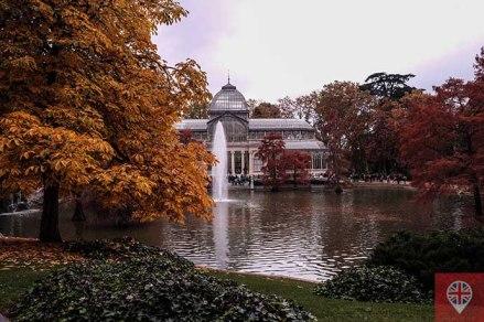 Parque del Retiro palacio de cristal lago