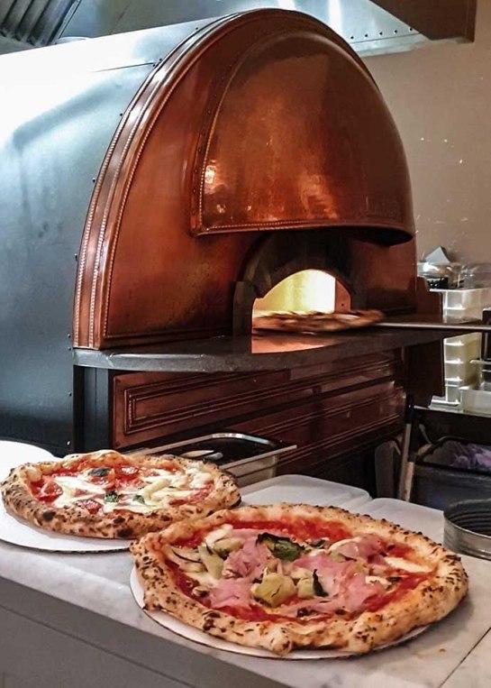 Mercato Mayfair pizza