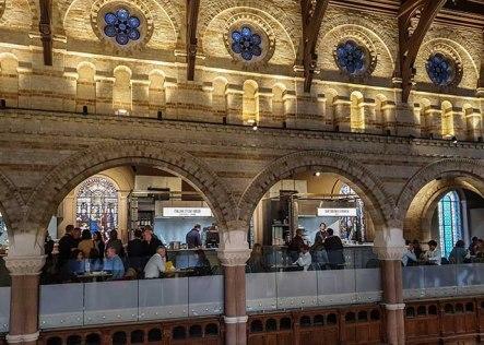 Mercato Mayfair top windows