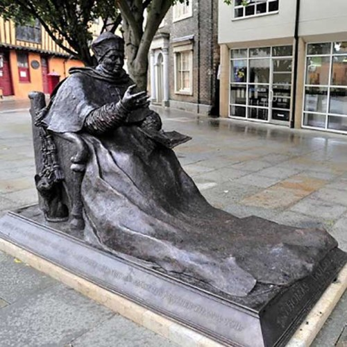 Cardinal Wolsey in Ipswich town center