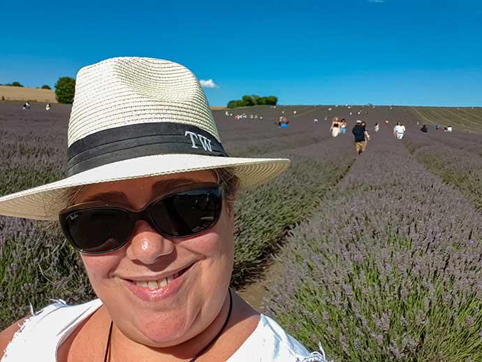 hitchin lavender selfie